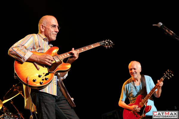 CatMax Photography – BB King – Peter Frampton – Verizon Wireless – GA-8020