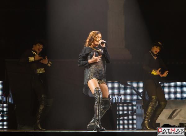 CatMax-Rihanna-Philips-Arena-1076